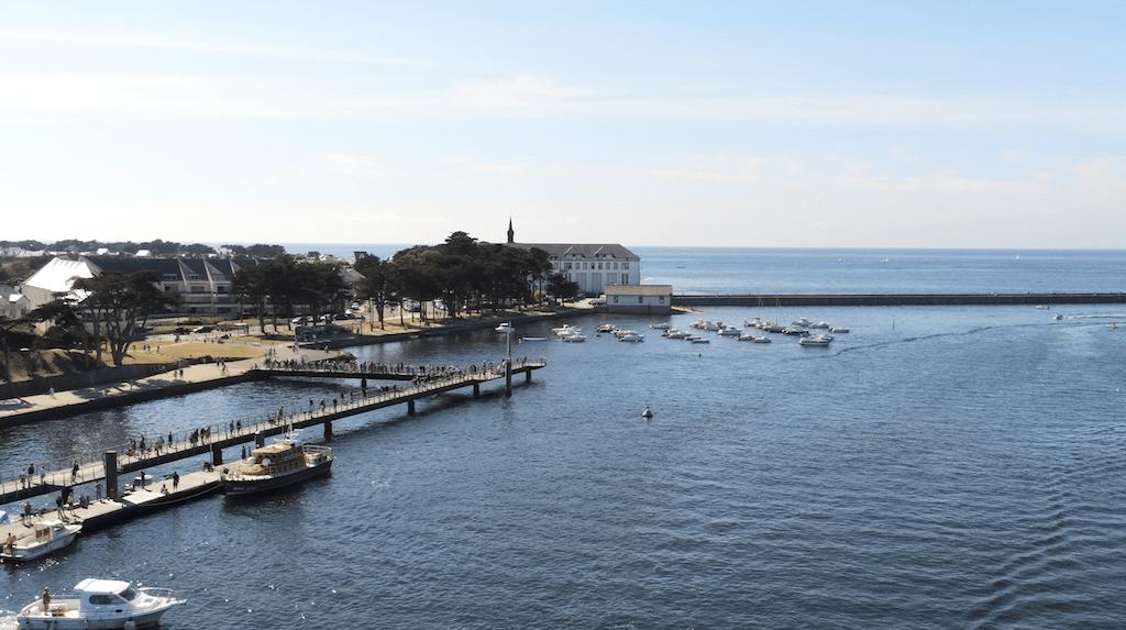 Stationnement des bateaux à Port Charly