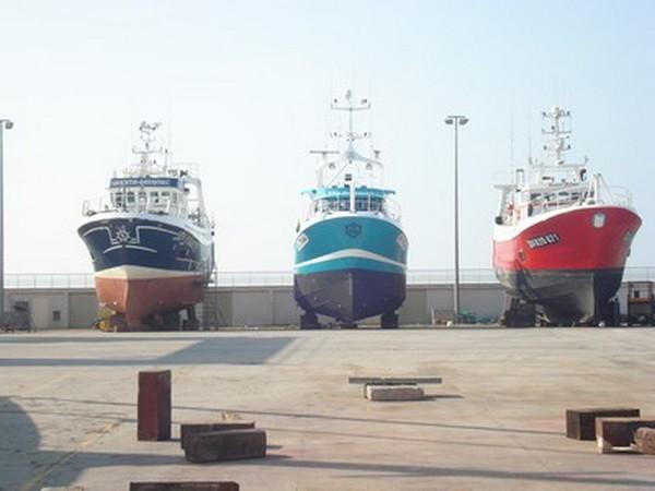 Échelles d'accès aux navires