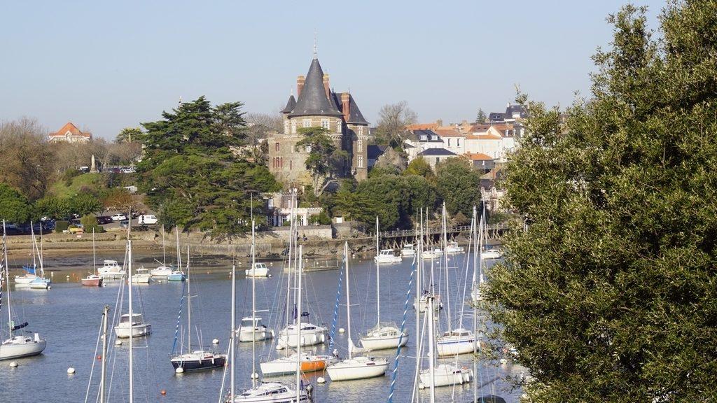 Présentation du port de Gourmalon